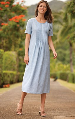Pleated Linenweave Dress Our favorite Linenweave fabric, a comfortable relaxed fit, and simply elegant details all add up to the easiest pleated dress of the season. Our versatile, baby-blue design is accented with vertical pleats along the bodice. Jewel