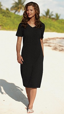 Scrunch Cloth Dress  Just pull it on and go—our casual V-neck dress is ready for the beach, the farmers market, or a day of antiquing. The short-sleeved pullover style is made of cool, crinkled Scrunch Cloth, our customers' favorite travel fabric. Casual